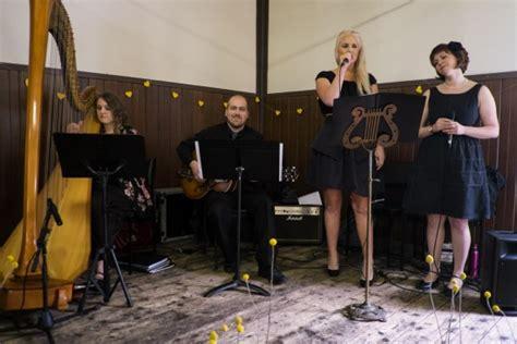 taylor swift love story wedding speech lyrics julia and julian s best day ever buttercup wedding