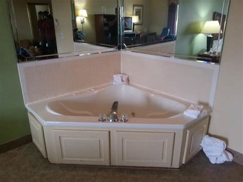 hotels with bathtubs for two hot tub in the room is too small for two picture of