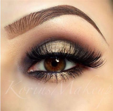 Eyeshadow Golden gold smokey eye