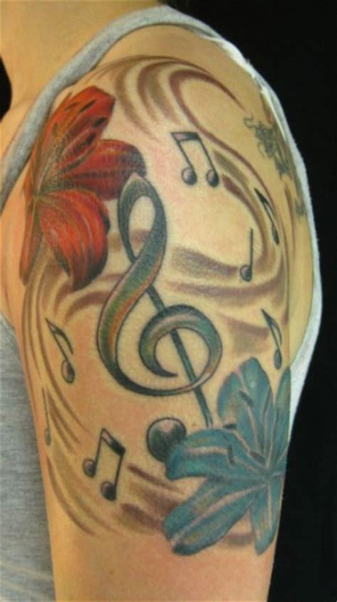 naga tattoo andre weber apple87 notenschl 252 ssel und lilien tattoos von tattoo