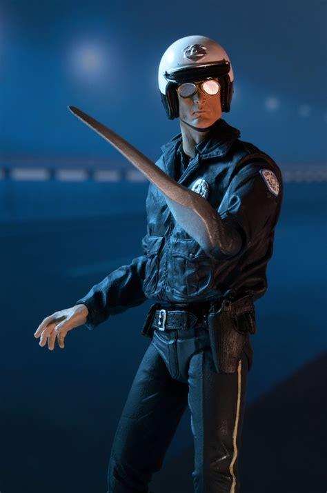 DISCONTINUED – Terminator 2 – 7″ Scale Action Figure ... T 1000 Terminator