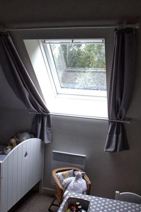 Montage Rideau Velux by Les 25 Meilleures Id 233 Es De La Cat 233 Gorie Rideau Pour Velux