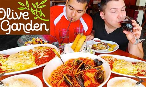 All You Can Eat Pasta Olive Garden by Olive Garden S All You Can Eat Pasta Passes Go On Sale