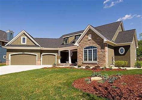 plan of the week angled garages small cottages bonus rooms and craftsman house plans angled garage cottage house plans
