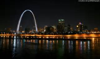 St Louis Most Awesome Icon St Louis Arch Vs Pyramid Best