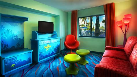 photo tour of a finding nemo family suite at disney s art disney s art of animation resort at walt disney world