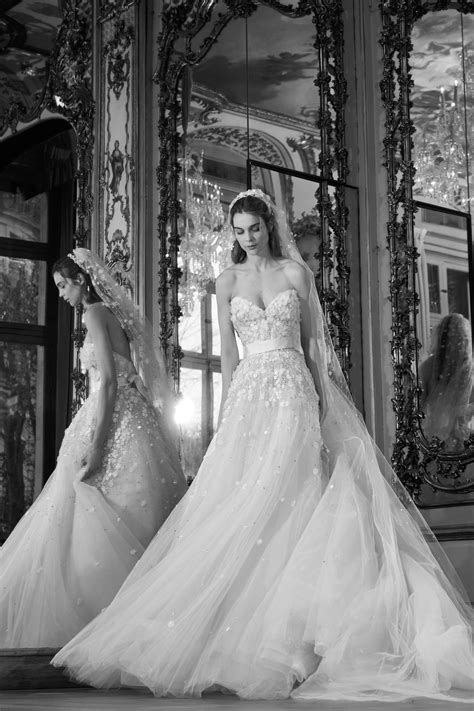 OBWeddings: Spring 2018 Bridal Week – Elie Saab - OnoBello.com