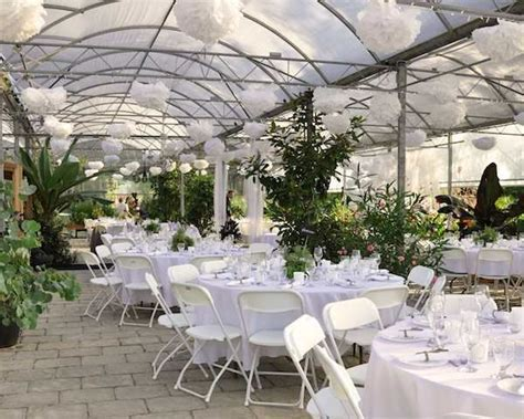 Woodbridge Ponds, Secret Garden   Abbotsford Wedding Venue