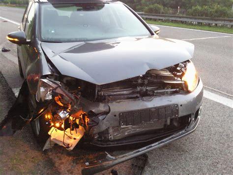 3 Tage Versicherung Auto by Front1 Unverschuldeter Unfall Mit 7 Tage Altem Golf 6
