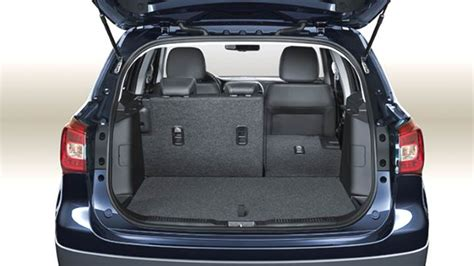 suzuki  cross  dimensions boot space  interior