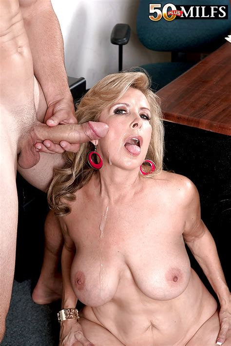 Showing Xxx Images For laura layne Porn Xxx