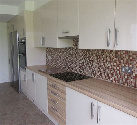 Kitchen With Island Design Ideas vanille and coco bolo units amazonas worktop modern