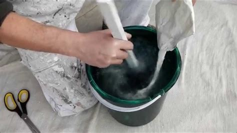 How To Make Wall Paper Paste - how to mix wallpaper paste