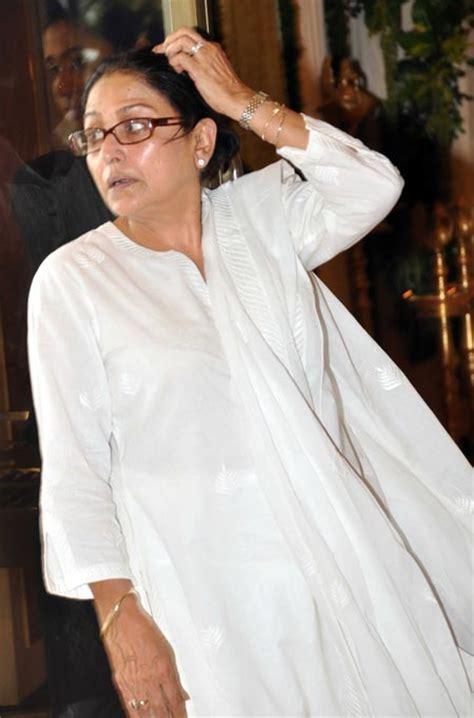 Sho Kucing House Of Anju pix attend rajesh khanna s chautha rediff