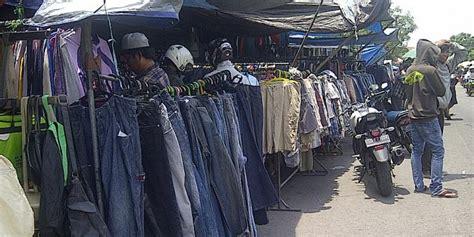 2 Bekas Di Surabaya penjual pakaian bekas di surabaya raih omzet rp 2 juta per
