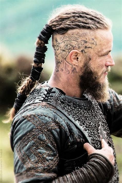 what is a viking haircut ragnar lodbrok travis fimmel vikings http haircut
