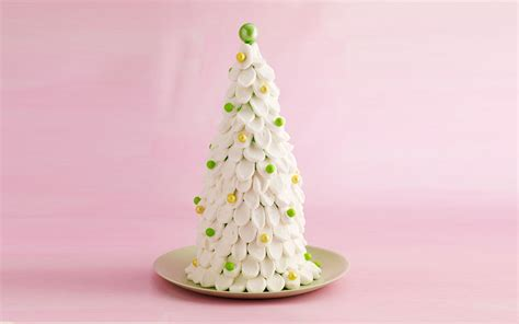 a fun festive christmas tree cake