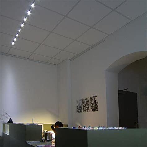beleuchtung zahnarztpraxis deckenleuchte ber verkaufstheke im atelier spitzenst cke