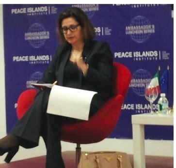 console italiano a new york politica l ue non torner 224 indietro la voce di new york