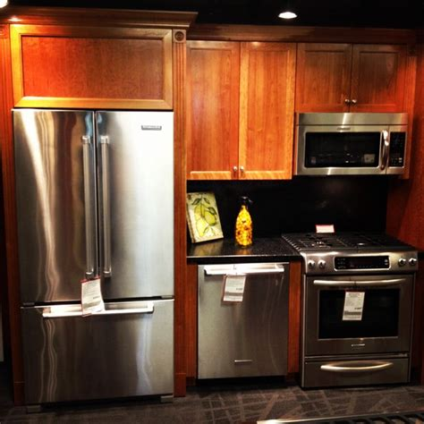 major kitchen appliances showrooms modern major kitchen appliances