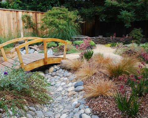 dry river bed landscaping landscaping a dry river bed design pictures remodel