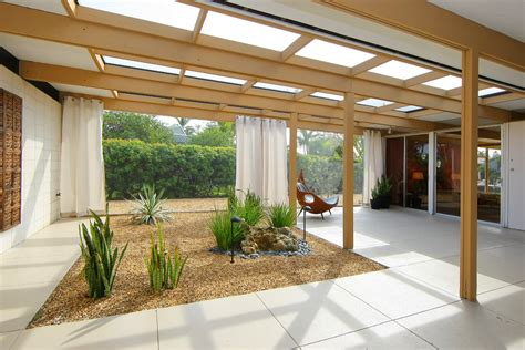 Patio Interior Design Interior Designers Sarasota Fl Patio Modern With Breezeway Contemporary Courtyard