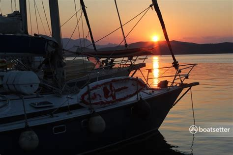 boatsetter blog 12 things to bring on a yacht charter boatsetter blog