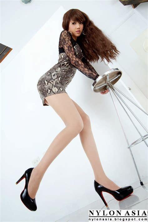 chinese hot japanese women mini skirts sexy legs mini skirt lace dress pantyhose sexy asian