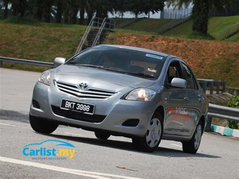 toyota yaris recall takata airbag crisis toyota recalls vios corolla altis