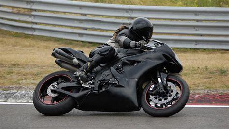 motosiklet suermenin faydalari nelerdir motorcu kadin
