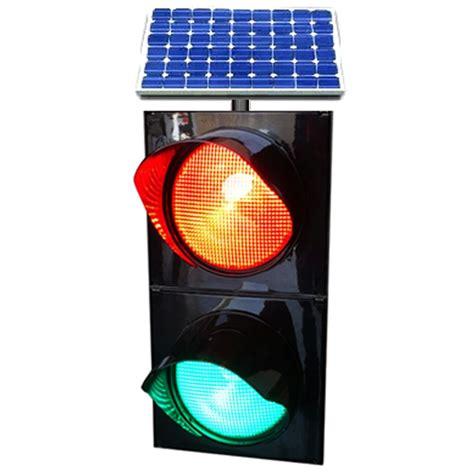 Solar Traffic Signal 2 Color 2200 Mtp Poland Solar Powered Traffic Light