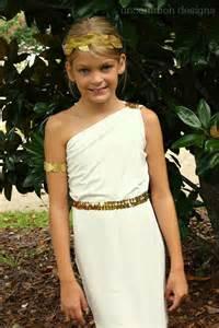 To make a greek goddess costume for girls easy greek goddess costume