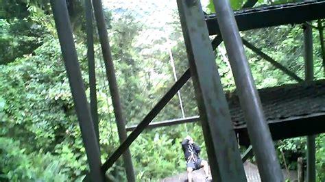 tarzan swings on a 30 ohh shit tarzan swing monteverde costa rica best video