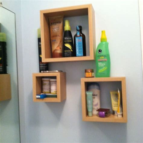 great storage idea for a small bathroom or bad