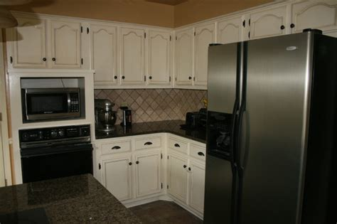 glazing painted kitchen cabinets paint and glaze oak kitchen cabinets