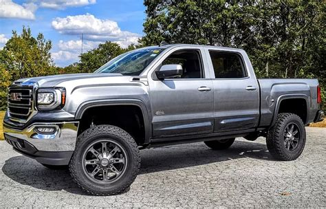 Lifted Trucks for sale in Illinois at Woody Buick GMC