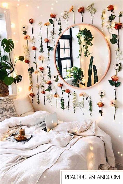 stunning bedroom flower wall   bohemian design boho