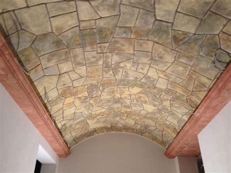 rivestimento soffitto rivestimenti travi e cornici in polistirolo poliplast srl