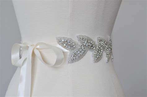 10 Beautiful Bridal Sashes & Belts to Make your Dress