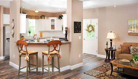 featured model shorten homes