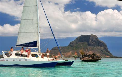catamaran excursion in mauritius catamaran mauritius elite voyage