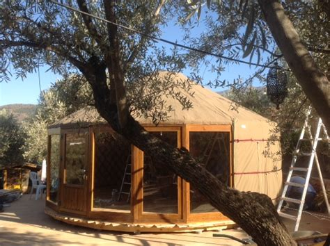 bespoke yurt builder custom yurts