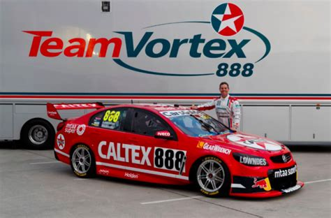 craig lowndes  campaign  classic caltex livery