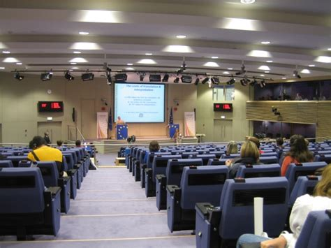 Press Room by File Berlaymont Press Room Jpg Wikimedia Commons