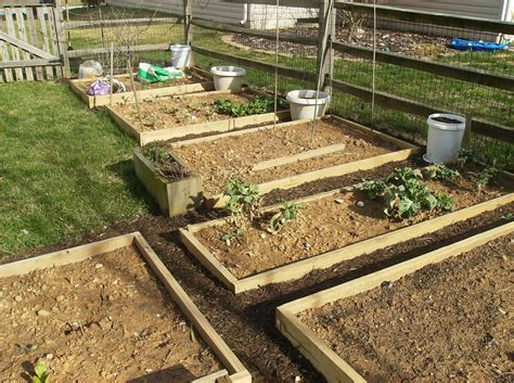 How To Create A Raised Bed Vegetable Garden The Poetic How To Grow A Raised Bed Vegetable Garden
