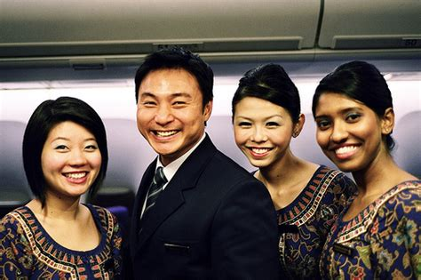 Cabin Crew In Singapore by Why Singapore Airlines Had To Honour Mispriced Business