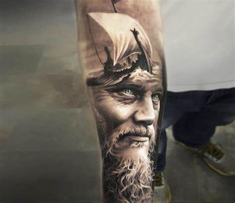 ragnars changing hair and tattoos best 25 king ragnar ideas on pinterest king ragnar
