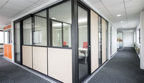 cloison aluminium bureau cloison amovible aluminium am 233 nagement bureau espace