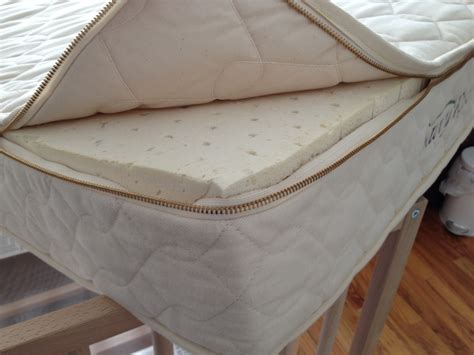 Savvy Rest Crib Mattress Savvy Baby Organic Crib Mattress By Savvy Rest Wholesome