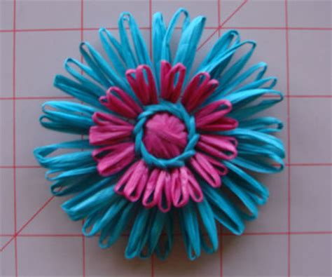 making flowers how to make flowers using a vintage flower loom craftstylish
